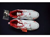 Cricket shoes. Adult size 7. BNWT