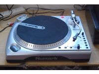 NUMARK TT1 USB TURN TABLE