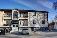 Downtown 2 Bedroom Condo Available Immediately