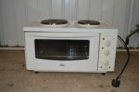 Mini Kitchen, two electric rings and mini oven