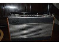 Vintage Roberts radio R606-MB