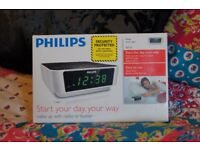 PHILIPS Digital Radio Alarm Clock FM MW