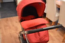 Mother Care pram with compitable car seat and rain cover still on guarantee till April up to 13 kg