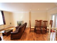 Stunning 4 bedroom flat to rent in Chelsea for only £800 per week! Fantastic opportunity!