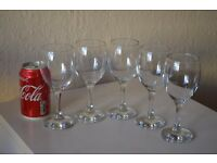 £8 ONLY !!    5 Wine Glasses    5 Whiskey Glasses    2 Coffee Mugs