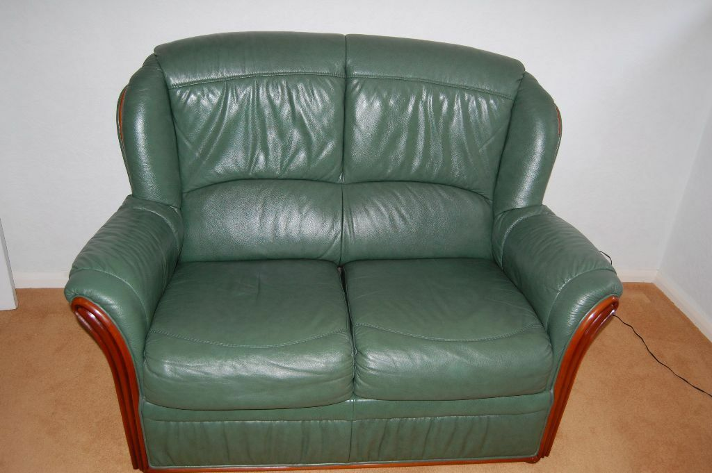 2 Seater Leather Sofa In Dark Green V G C What A Bargain