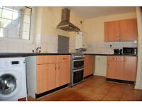 A fantastic 4 Double bedroom flat with garden within minutes' walk of Bethnal Green tube station
