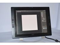 """Wacom Cintiq 21UX / DTK-2100 21"""" USB LCD Graphics tablet With Stand (No Pen)"""