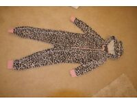 girls onesie size 10