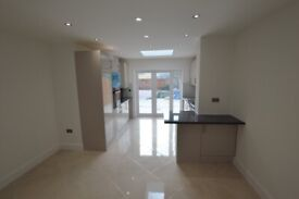 luxury newly built 2 bedroom spacious ground floor apartment with a PRIVATE GARDEN!