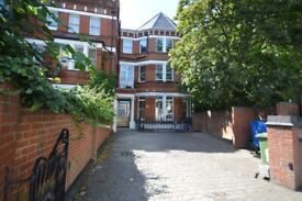 Bright and Spacious 3 bedroom flat