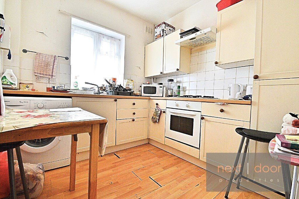 SPACIOUS 3 BEDROOM APARTMENT TO RENT IN CAMBERWELL SE5 - CLOSE TO OVAL TUBE, COMMUNAL GARDEN