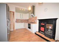 SHORT LET: Desirable 2 bedroom (sleeps 8) top floor flat in Marchmont with bills included