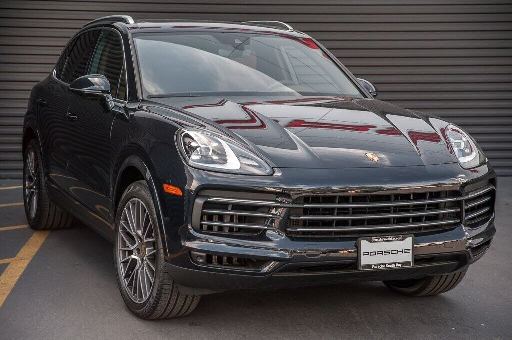 2020 Porsche Cayenne  34 Miles  4D Sport Utility 3.0L V6 8-Speed Automatic with