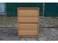 Chest of drawers / 4 drawers