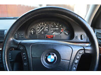 BMW 528i Automatic, Saloon, silver, for parts or repairs