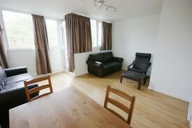 Students - 4 double bedrooms, over 2 floors, very spacious apartment. available furnished