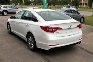 2016 Hyundai Sonata Limited - RVRSE CAMERA  BLUETOOTH WARRANTY Regina Regina Area image 5