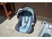 Light Blue Graco car seat suitabe from birth
