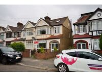 CALL NOW - IMMACULATE *5* BED HOUSE AVAILABLE NOW IN GOODMAYES ZONE 4