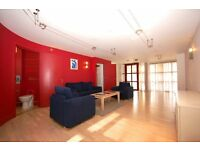 3 Bedroom duplex apartment to rent in Shoreditch, E1 , London