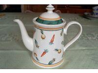 Gorgeous Villeroy & Boch 'A La Ferme' Tea/Coffee Pot in Pristine Condition, as New