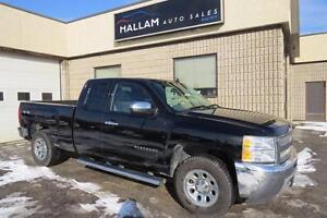 2013 Chevrolet Silverado 1500 LS 4 x 4, Hitch, Bluetooth,