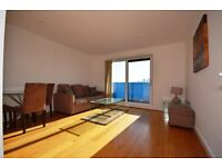NICE 1 BEDROOM FLAT SITUATED WITH SPACIOUS LIVING LOUNGE