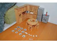 Dolls House Furniture Lot 2