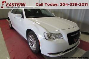2016 Chrysler 300 3.6L V6 NAV SUNROOF 8.4 UCONNECT REMTE STRT