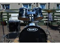 Mapex Venus Series Drum Kit with cases