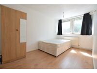 SPACIOUS FOUR BEDROOM MOMENTS FROM FINSBURY PARK STATION - WITH A COMMUNAL GARDEN. CALL NOW!