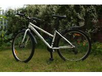 "15"" frame rockrider mountain bike for girls aged 8-14yrs."
