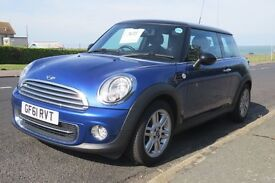MINI Cooper - CHILLI PACK with extras