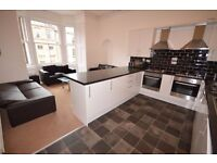 STUDENTS 17/18: Spacious 2nd floor 6 bed HMO flat with 4x shower-rooms available September NO FEES!
