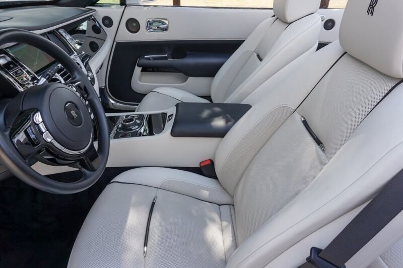 Image 10 Coche Americano usado Rolls-Royce Dawn 2016