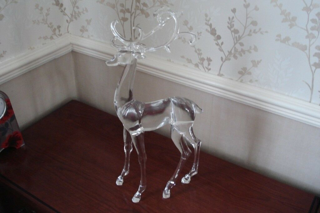beautiful large acrylic reindeer christmas decoration