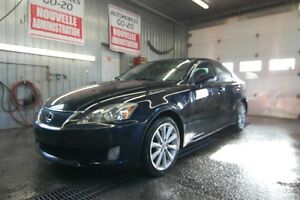 2009 Lexus IS 250 AWD GARANTIE UN AN INCLUS