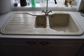 INSET DOUBLE SINK & DRAINER DUSTY WHITE MARBLE EFFECT COMPOSITE SINK with METAL DRAINING BASKET
