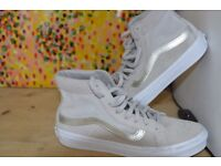 Vans Skateboard shoes, size UK 4