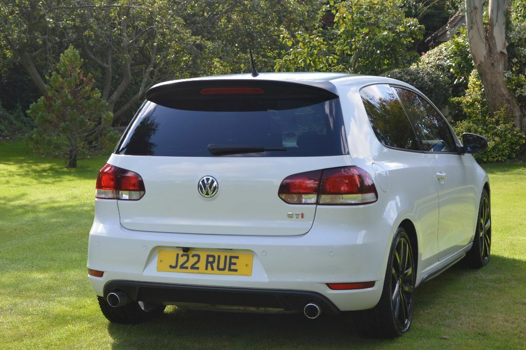 volkswagen vw white golf mk6 2009 59 gt tdi 2 0 diesel 140 gti replica 2009 in chichester. Black Bedroom Furniture Sets. Home Design Ideas