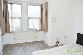 2/3 BEDROOM FLAT, FULLY FURNISHED, CLOSE TO NEXT TO TURNPIKE LANE UNDERGROUND STTAION, N8