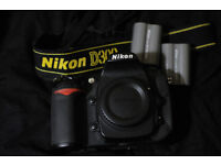Nikon D300 DSLR body with 3 extra batteries