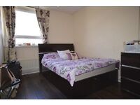 **SUITABLE FOR SHARER IN 3 BEDROOM FARRELL HOUSE**