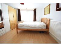 **NO DSS*STUNNING 1 BED GARDEN MAISONETTE IN THE NUNHEAD / PECKHAM VICINITY. AVAILABLE 1ST NOVEMBER.