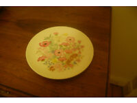 Vintage Wedgewood bone china plate Meadow Sweet pink 84528