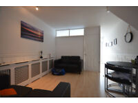 AVAILABLE NOW, THREE DOUBLE BEDROOM FLAT OFF CABLE STREET E1