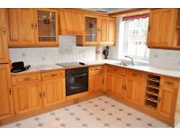 SPACIOUS THREE DOUBLE BEDROOM TOWNHOUSE AVAILABLE FOR RENT IN E14