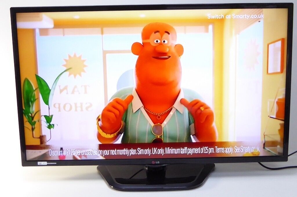 LG 42 Inch LCD TV Model 42LN5400 Television with remote 0313213