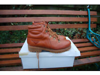 Soft leather good quality PONY hill-walking boots - approximate size 41